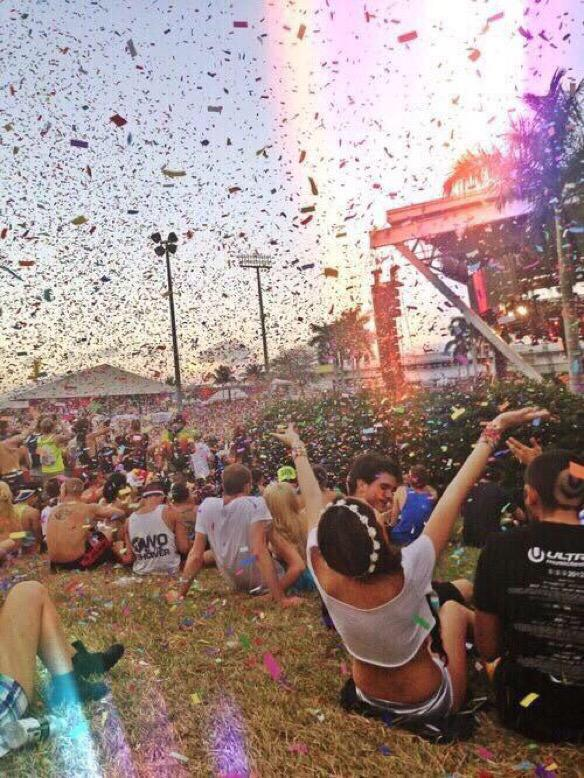 I wanna be at #Coachella http://t.co/g66ICiMKhb