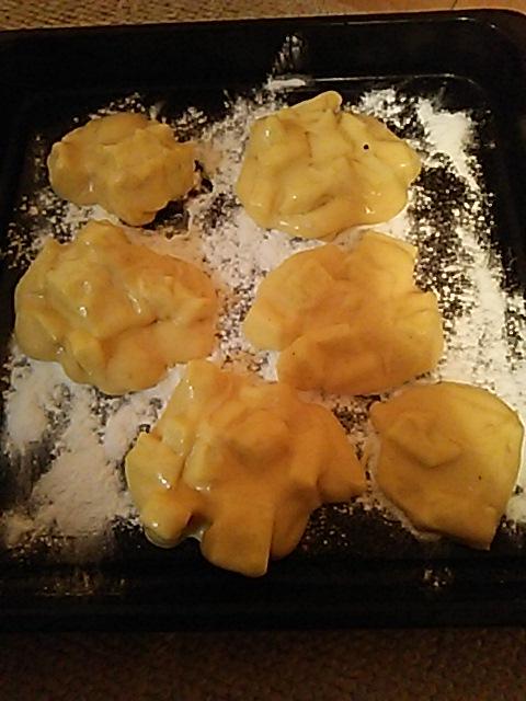 イライラしてたからリンゴのクッキーをつくった!後は焼くだけ!! http://t.co/2D9T6jgmEj