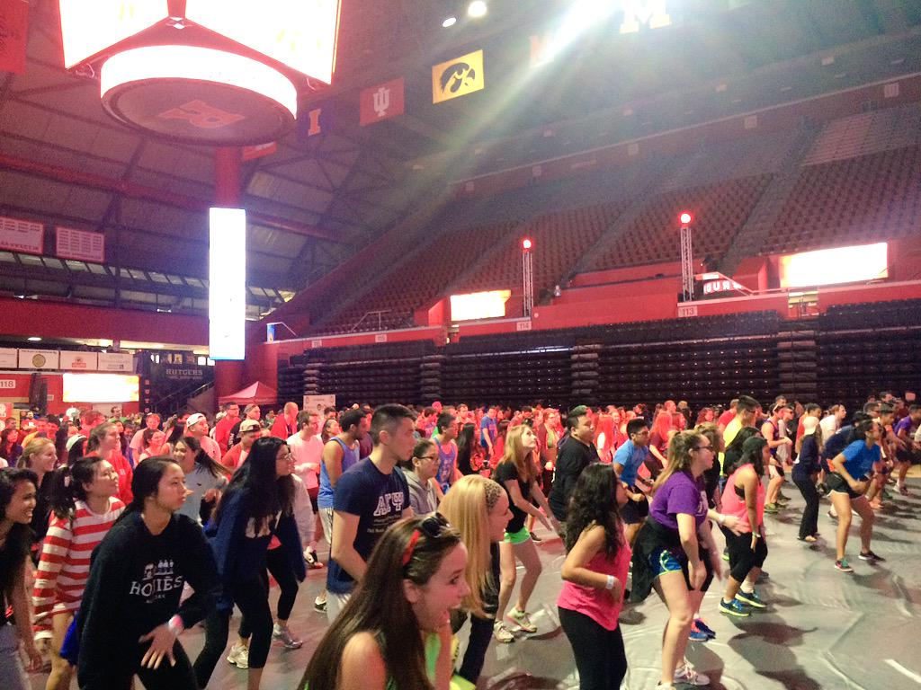 Almost perfected this line dance in #hour22 #RUDM2015 #FTK keep dancing everyone!! http://t.co/Vjdfebp1ol
