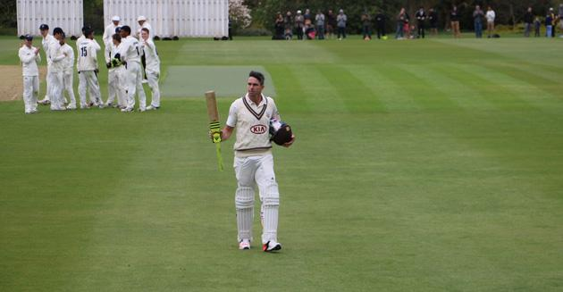 And @KP24 goes for a magnificent 170 from 149 balls with 24x4 and 2x6 #batted http://t.co/TUOcl9RT6R