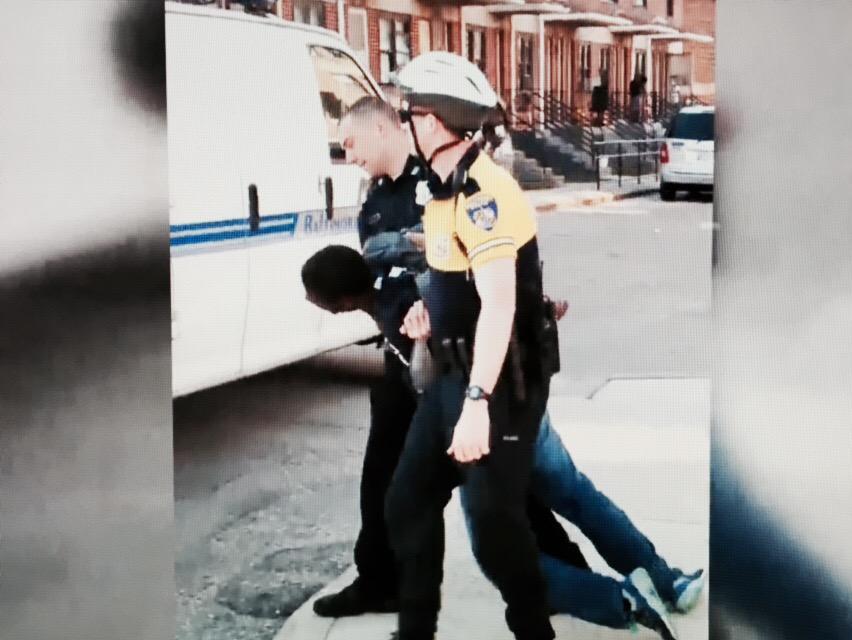 RT @malbertnews: Man dies a week after spine nearly severed in #Baltimore police custody; mayor urges calm, tonight on @CBSEveningNews http…