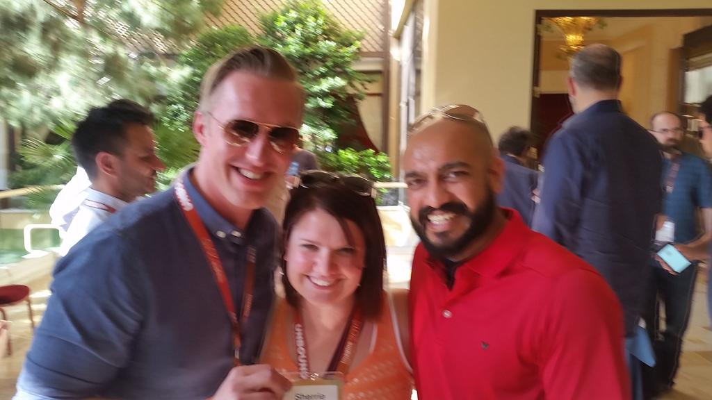 guido: Announcement: One of us is the new Magento Community Manager! #preimagine #ImagineCommerce http://t.co/1cSZEwcuBE