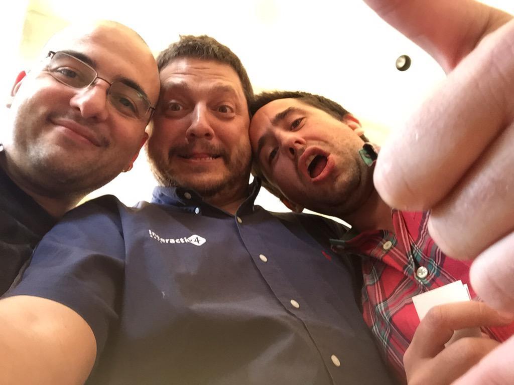 ignacioriesco: Viendo buenos viejos amigos. @mhhansen y @barbanet cc/ @jaalcant #realmagento #preimagine http://t.co/kasBV6rUSb