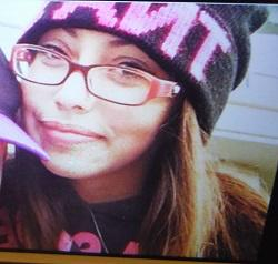 Coquitlam RCMP are looking for 15yr missing Sarah Therrien.Last seen around Coquitlam Centre. Call 604-945-1550. http://t.co/XwrzpgGC47