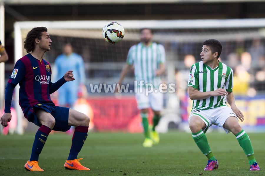 Babunski focuses on the ball