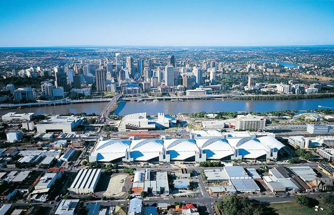 Brisbane hub for women's health @BCEC_Brisbane #RCOG2015 via @CIMNews @RCObsGyn http://t.co/BsmXClh75e http://t.co/tdaFN36WZW