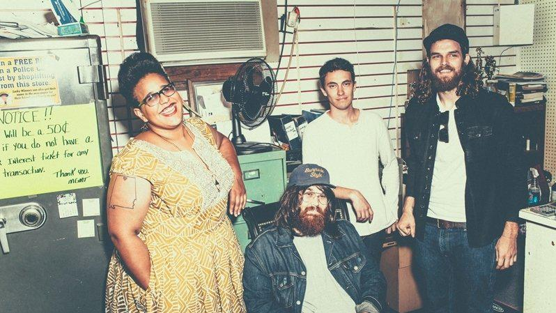 First Listen: @Alabama_Shakes, 'Sound & Color' http://t.co/NOOmrAuVXx http://t.co/e0BZGcbdWV