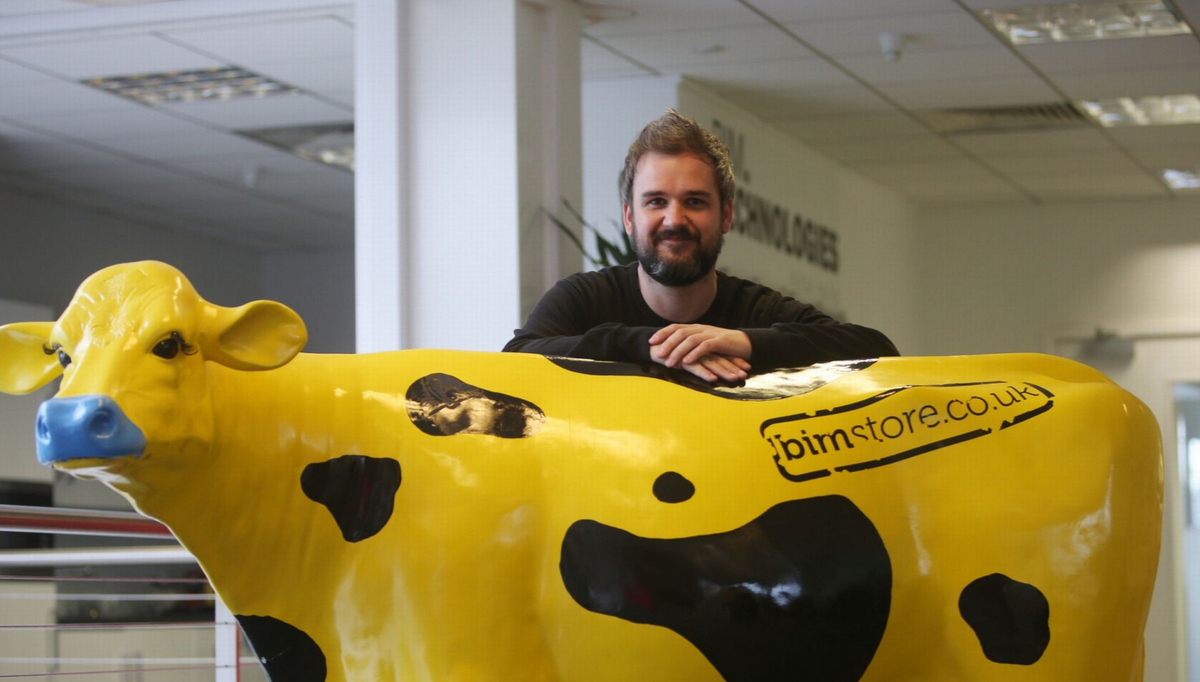 #7 in the NE's top 10 coolest offices seems too low for an place with a life size yellow cow :) @WeAreSpaceGroup http://t.co/hBNQBMVDCP