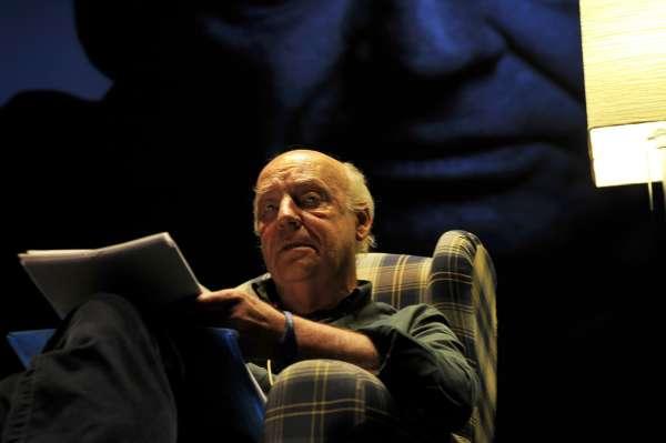 Un cancer de pulmon termina con la vida  del escritor Eduardo Galeano