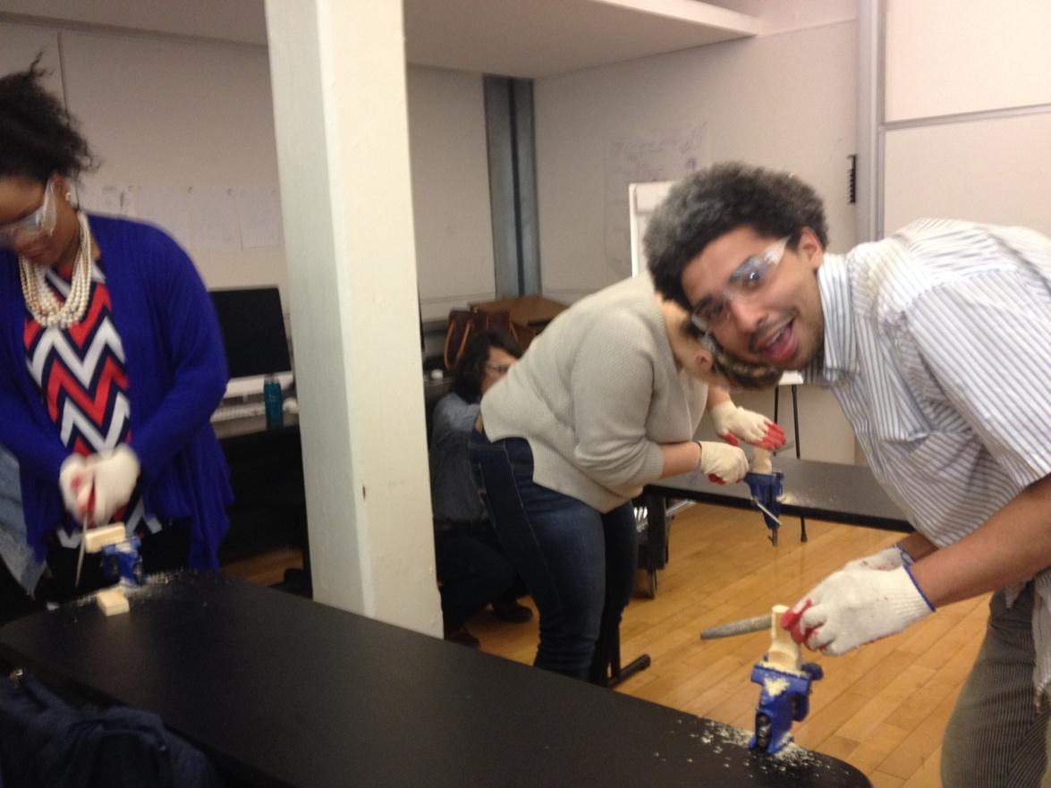 @PrattSILS student practice safety with protective eyewear #makerspace #lis680 @thenewspace http://t.co/feV8g4ZDlf