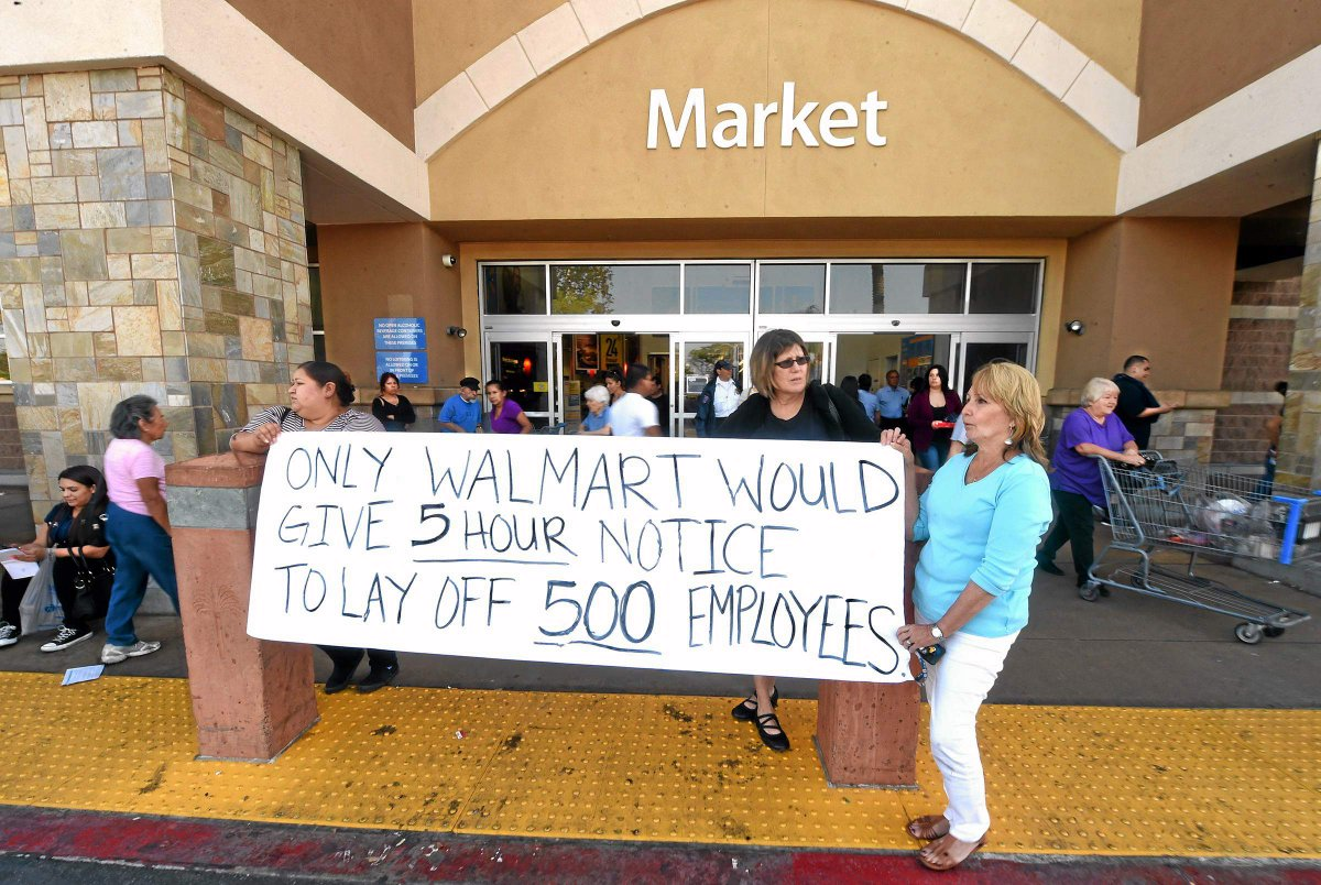 Southern california @walmart gives employess same-day notice of