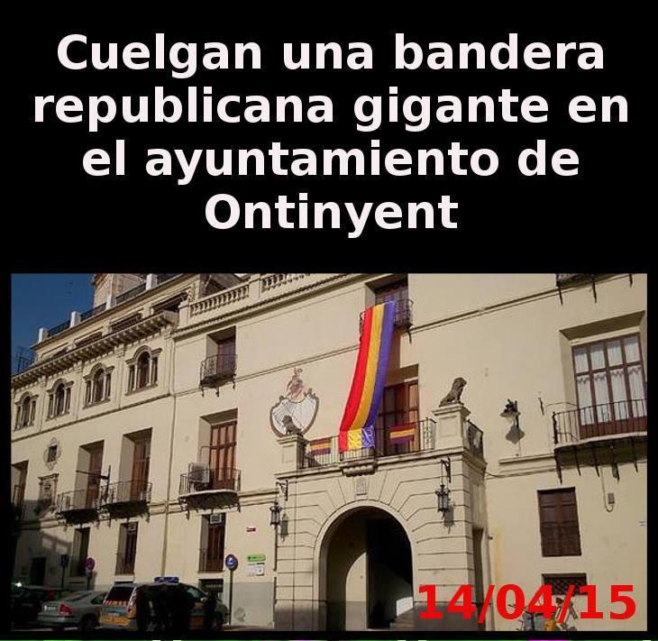 Grande el ayuntamiento de Ontinyent. #14deAbril http://t.co/UHw4if3cwB