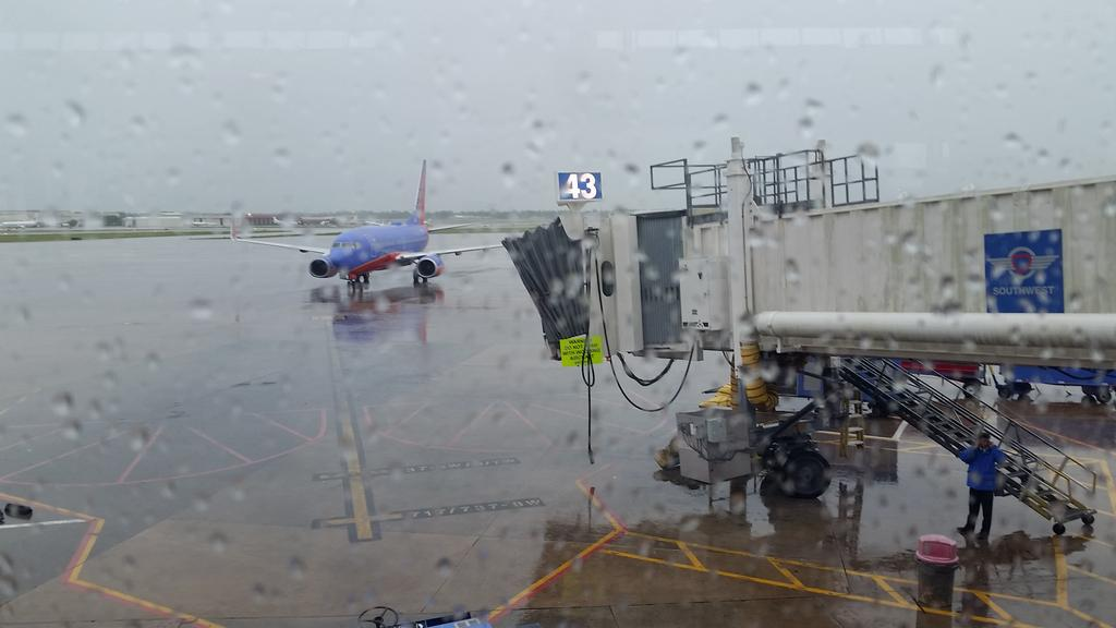 Dreary  start to trip to Alexandria for #CMI5  meeting. http://t.co/UdnRZIkqvn