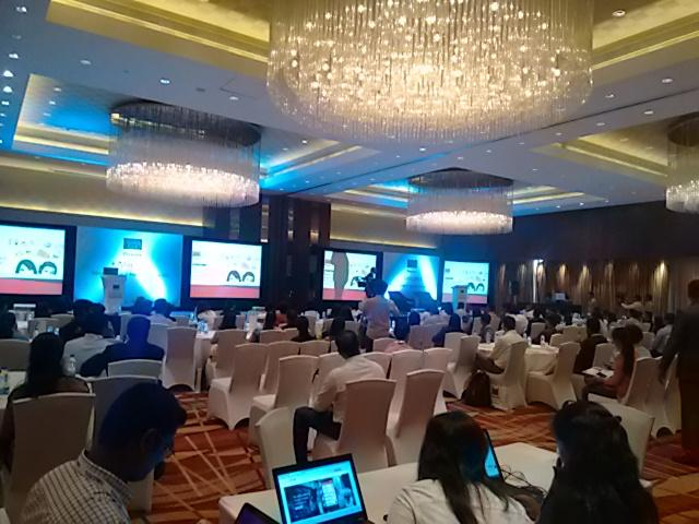 All set and here we go!! Yusuf Pathan giving opening address. #TASCON15 http://t.co/AfyQG4Y8R8
