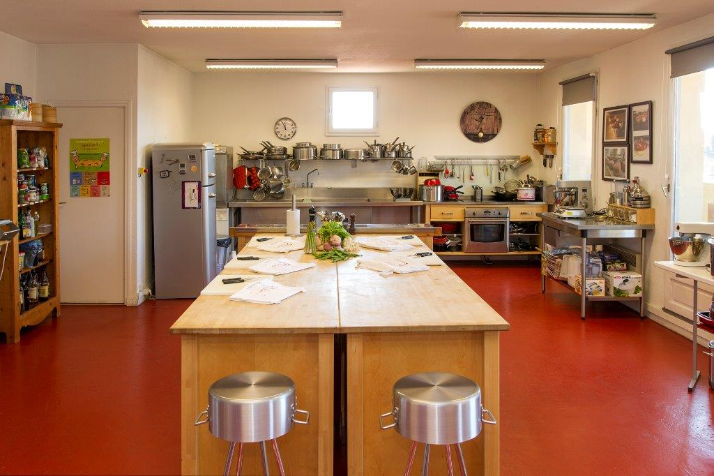 L atelier de cuisine cheap restaurant luatelier de jol for Atelier de cuisine paris