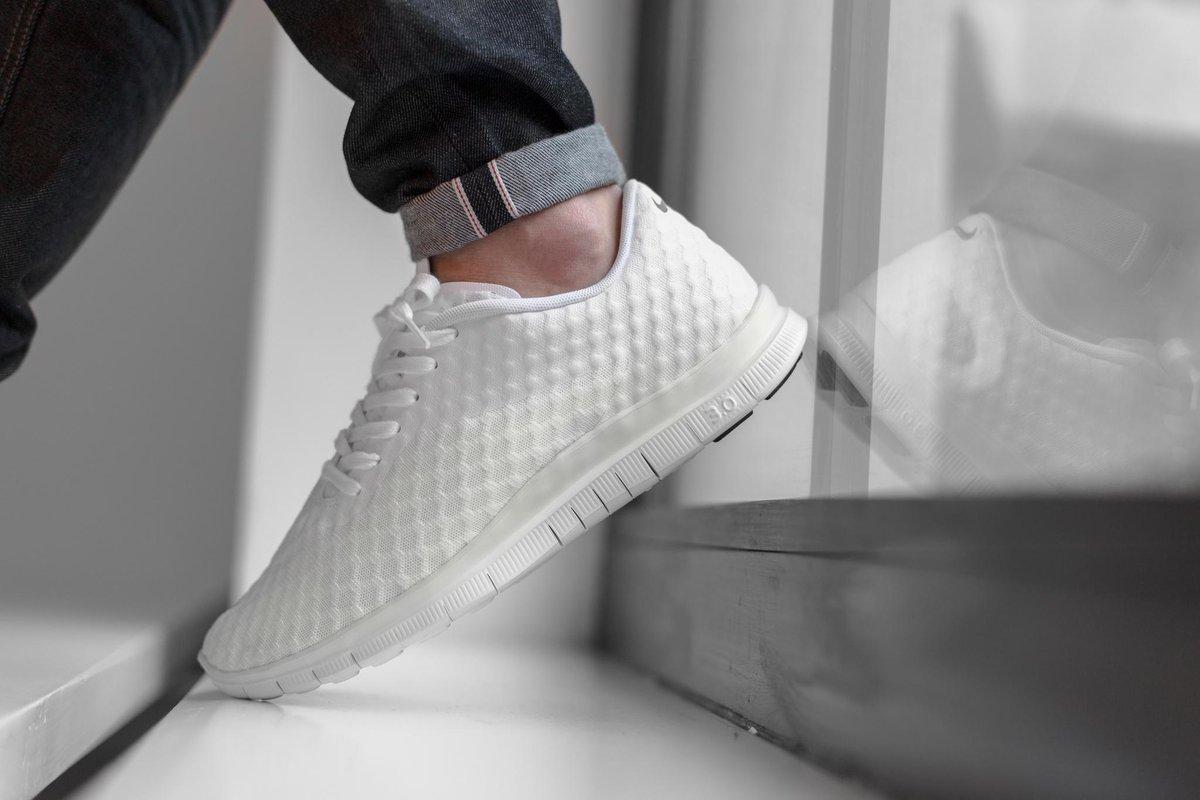 best service 579e5 6cd00  Nike  Free  Hypervenom  Low  White available now  titolo shop LINK   http   www.titolo.ch nikefreehypervenomlow-p-11490.html  …pic.twitter.com Owjxv0Fjgq