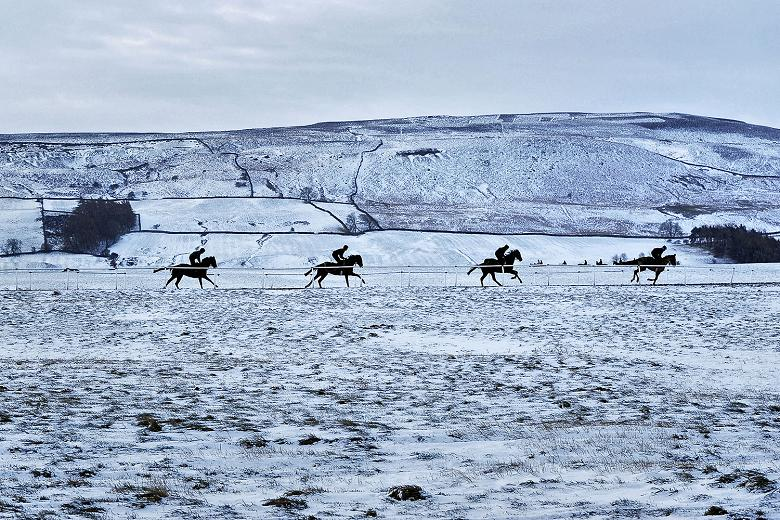 Middleham gallops in the winter @JamesBethellRac ... Is anywhere more beautiful? #Briardale #winner x http://t.co/VViD0wsKtU