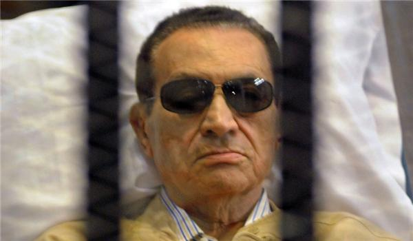 Hosni #Mubarak, #Egypt's Former Dictator, Dies. http://t.co/hklwLHSde5 http://t.co/bEnI6ir8ej