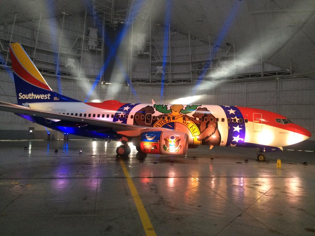 Excited to see @SouthwestAir #MissouriOne unveiled here in #KC! @GovJayNixon @MayorSlyJames http://t.co/nslApAshxn