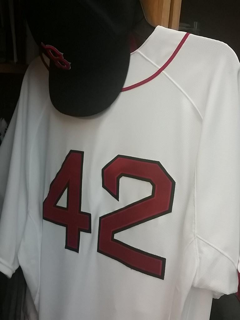 It is a privilege to wear this jersey today to honor the man who paved the way for so many of us. #ThankYouJackie <br>http://pic.twitter.com/XZyiMyMOMh