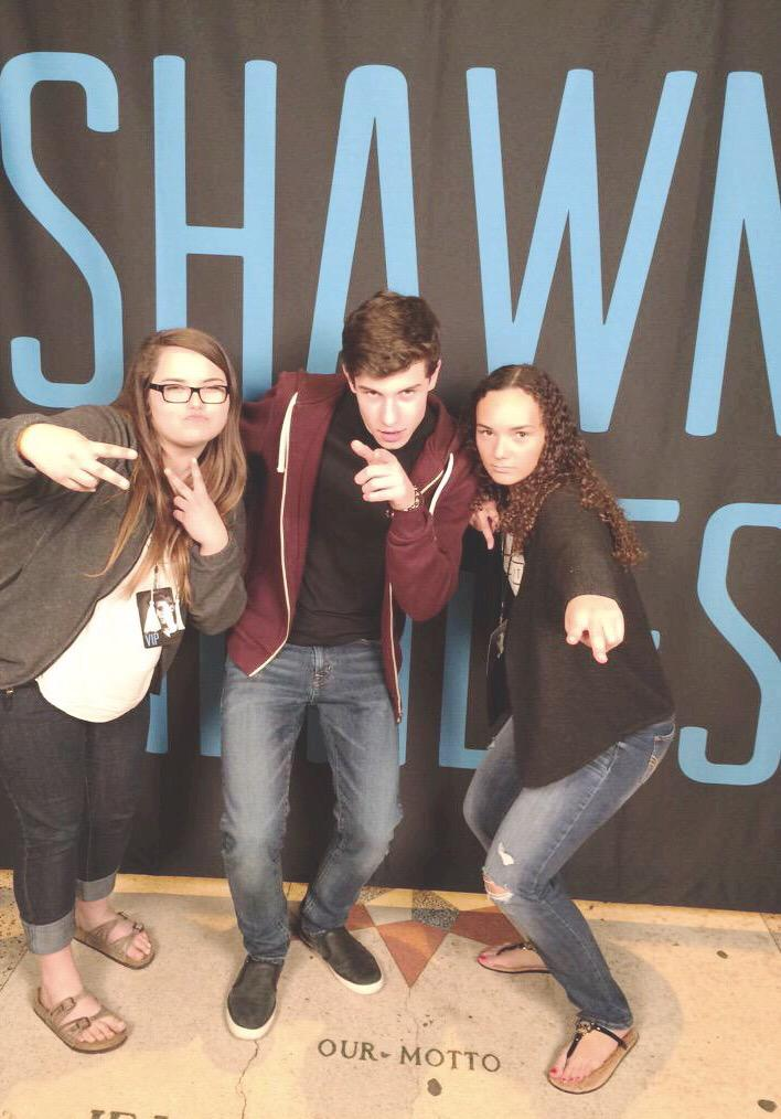 how to meet shawn mendes for free