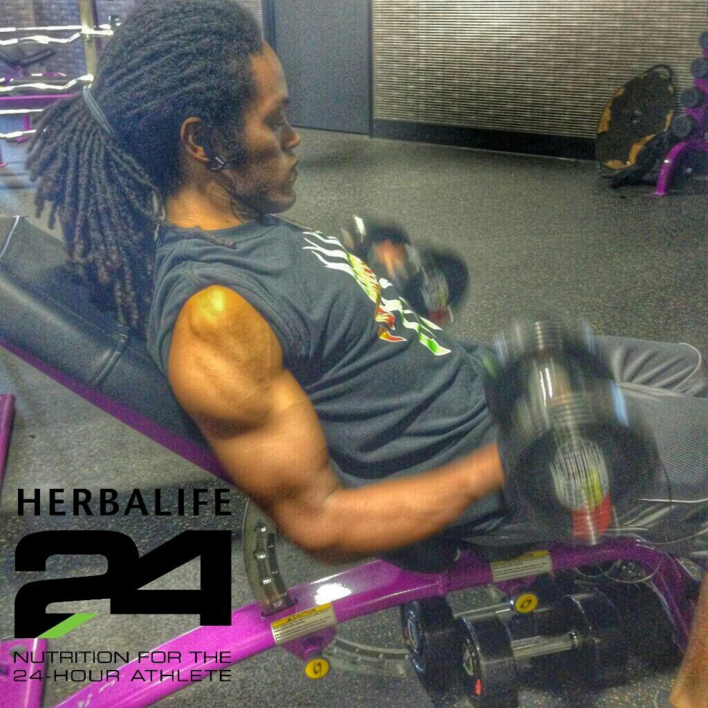 Brought to you by a healthy lifestyle, @Herbalife shakes, @Herbalife24 Prepare, & @Herbalife24 Rebuild Strength! http://t.co/OKhBiJ0RKL