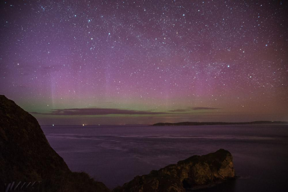 Spotted the Northern Lights faintly at the North Coast last night @barrabest @WeatherCee  http://t.co/5Ts6vyrQf0 http://t.co/BUbCzd6PCn