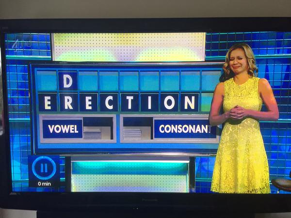 What's up with @RachelRileyRR ? http://t.co/7czUf6DfIU