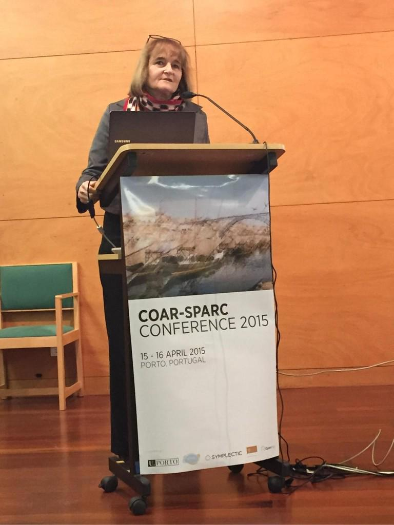 .@dominiquebabini discussing knowledge as a commons at #coarsparc2015 http://t.co/5oBC22rcWA