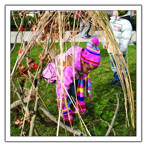 Read one teacher's experiences creating eco-art w/preschoolers from the latest TYC! http://t.co/L27MVOejDA #woycartsy http://t.co/rl25rzmVEV
