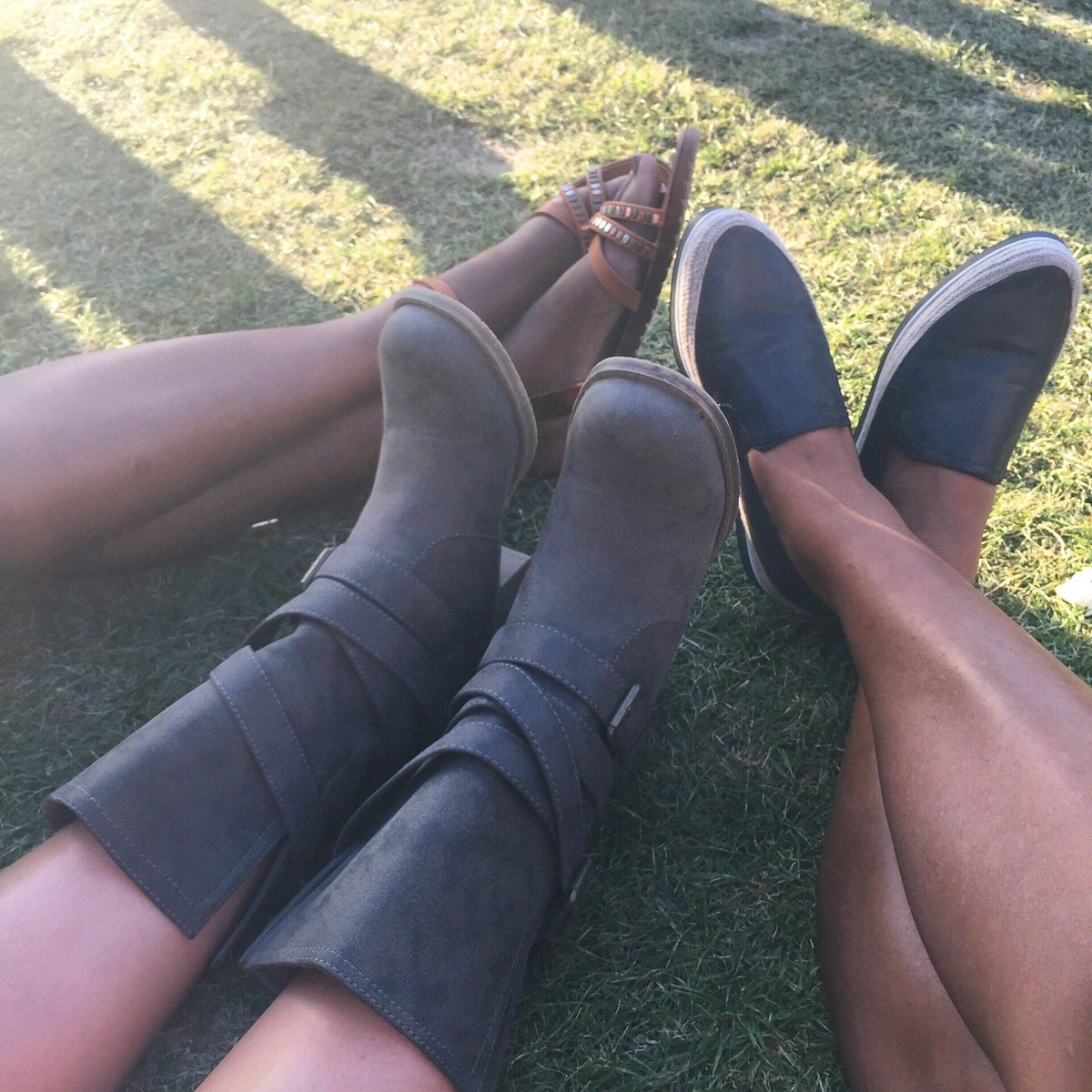 We're not over Weekend 1. Follow us and RT this to enter for your chance to win the CHECK IT OUT boot! http://t.co/zp1uanU2D0