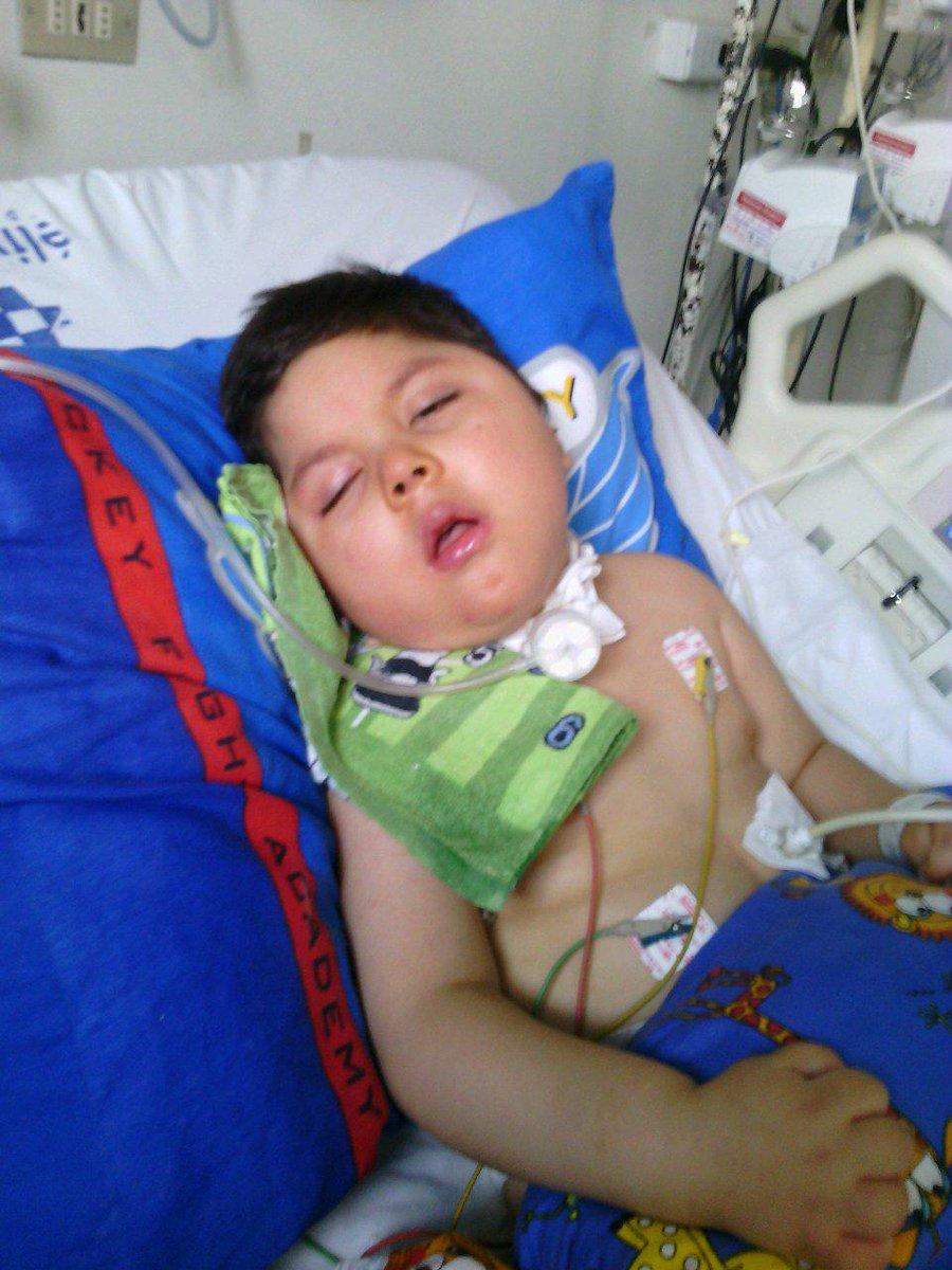 """@yessita_26 Amigos necesitamos conseguir monitor apnea cardiorespiratorio para mi hijo @Siliconvalle @sergiolagos http://t.co/AlU9GLJmZl RT"