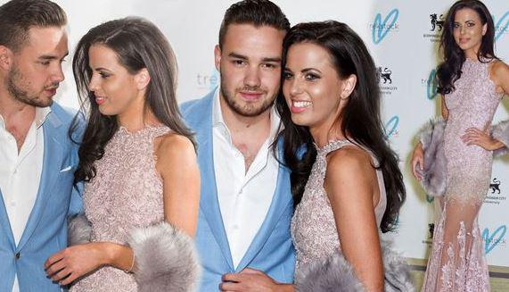 Liam Payne and gorgeous Sophia Smith look super-loved up at Gatsby bash http://t.co/xJ29NDyqyn http://t.co/T7N3Uh0O4s