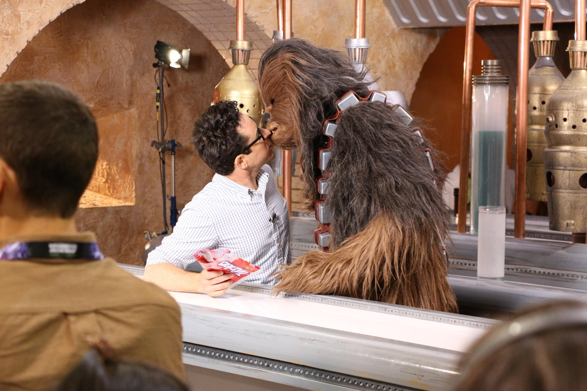 Lucky furball: only at #SWCA would #JJAbrams 'just as soon kiss a Wookiee.' #StarWars http://t.co/E46wru0PC6
