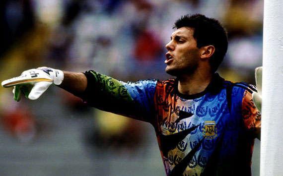Y también tendremos #ViernesTematicoLacasaca #CamisetasDeArquero que sean icónicas de un portero en párticular! http://t.co/XjH2i0t5S8