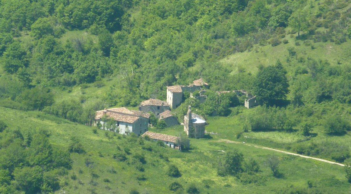 L'Italia ha un patrimonio di romantici villaggi fantasma