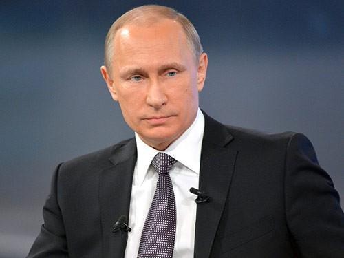 Собрали со вчерашней прямой линии все вопросы Путину о медицине и все его «Мы этим займемся» http://t.co/7jaWIliaYJ http://t.co/0DKAPgmtDp