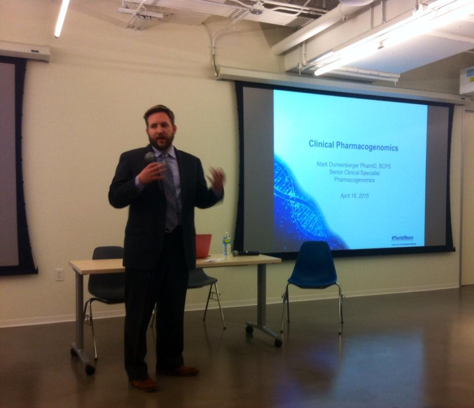 Mark Dunnenberger, PharmD explains Pharma Genomics/Genetics synonymous @northshoreweb @matterchicago #nsnextmed http://t.co/EVhIi3bISw