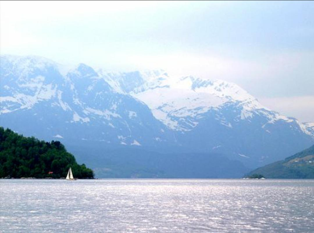 The Norwegian government have just given a mining company permission to spoil this fjord. http://t.co/J6BQuJvBys http://t.co/uEOFiw8bKd