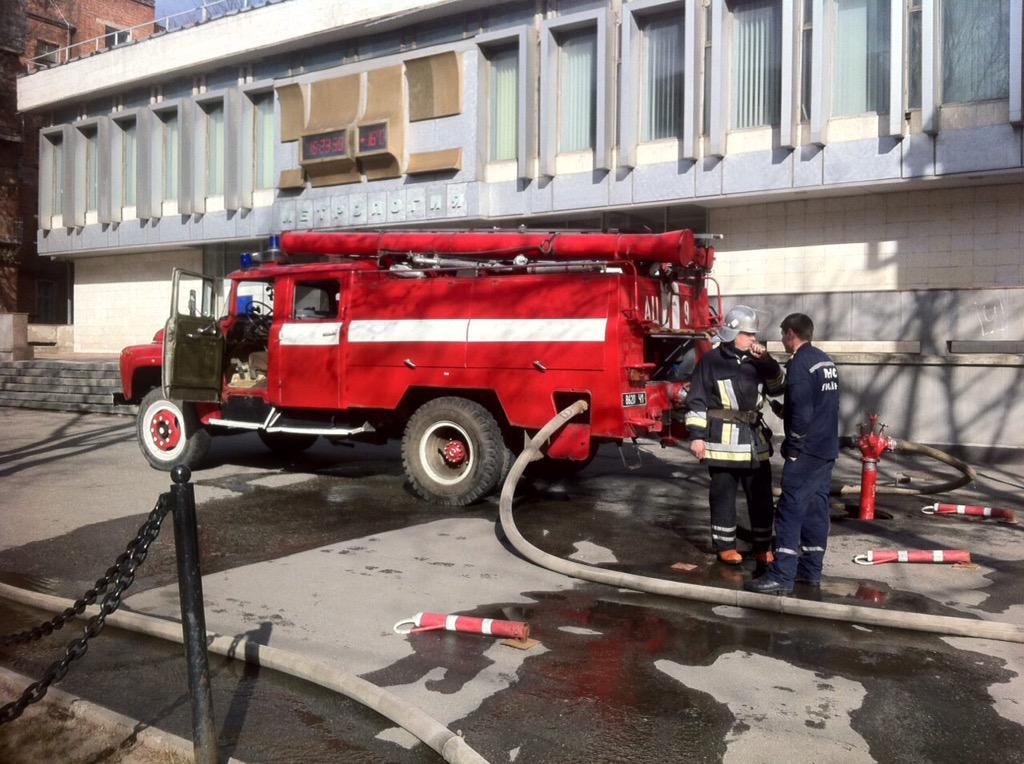 В центре Харькова на ул. Мироносицкой горел жилой дом. Сейчас оперативно потушен (ФОТО)