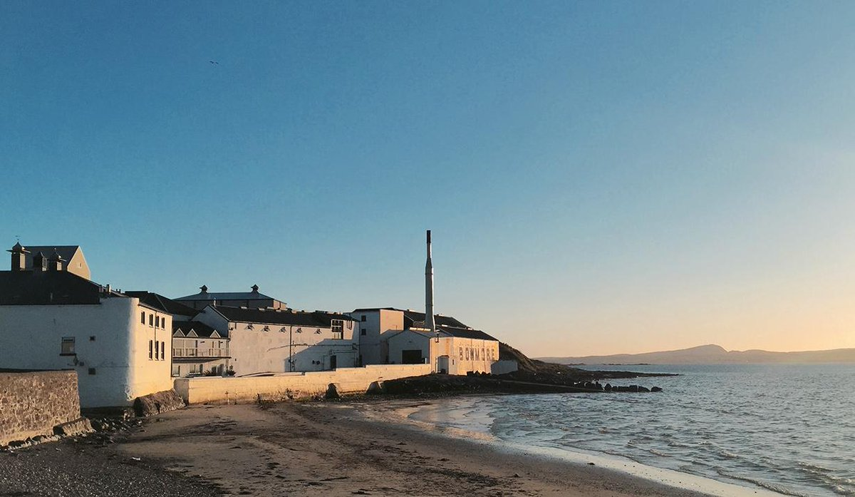 @Bowmore looking rather lovely in the setting sun last night http://t.co/ce1sAzZDMc