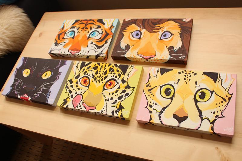 """もふもふな動物たちのイラスト図鑑を作ってます。新作は""""オオタカ""""!その他原画グッズなども!詳しくはブログへ! (両日:A-410:mofuwa) #デザフェスRT祭 @designfesta"""