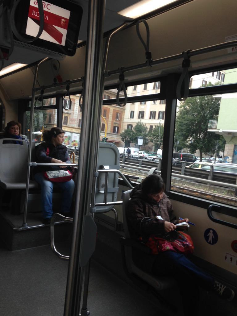 #archeobloggers in viaggio verso #Firenze! @pr_archeologo @maraina81 @antoniafalcone @palazzostrozzi @archeostorie http://t.co/UZM9RFVUkw