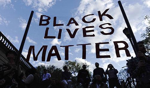 RT (.)radikal: Baltimore protestoları ABD'ye yayıldı http://t.co/KfiwPVE5A2 http://t.co/3UblK2wEbr
