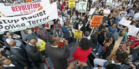 Anti-police violence protests in Baltimore http://t.co/XEP6hrdYgX #Pakistan http://t.co/bfWf6kwV1s