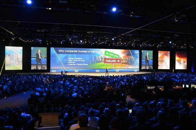 "Soitron sa práve stal partnerom roka v kategórii ""Collaboration"" na #Cisco Partner Summit 2015. #CiscoPS15 http://t.co/jdYb5BMl6w"