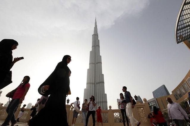 Reaching for the sky: A look at Dubai's architectural rise http://t.co/WeRSeZJLjc http://t.co/AeBowBsmnc