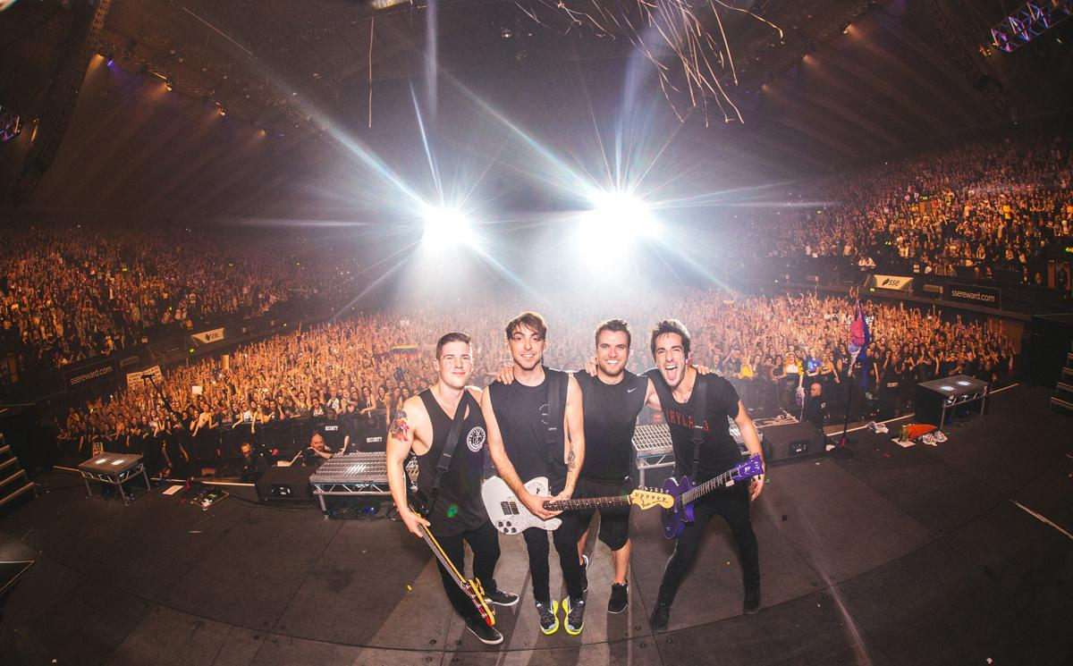 """With """"Future Hearts,"""" @AllTimeLow feels better than ever. http://t.co/mJMNIAaeow http://t.co/JEjKhZyIq8"""