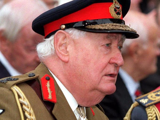 Lord Bramall questioned over VIP paedophile ring claims http://t.co/XuCbsbdpfG http://t.co/AwocS00eSs