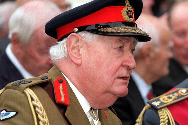 Former head of Army Lord Bramall in child sex quiz http://t.co/nueOVUOhez http://t.co/inc8cBeebu